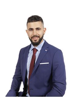 Associate in Training - Karolos Demetriou - Assistant Sales Agent - RE/MAX DEALMAKERS