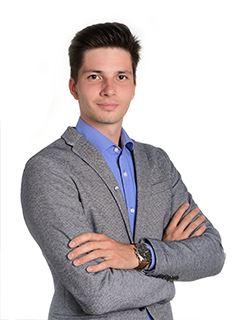 Nepremičninski posrednik - Nejc Novak - RE/MAX Ljubljana