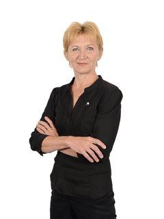 Nepremičninski posrednik - Elizabeta Koter - RE/MAX Pomurje