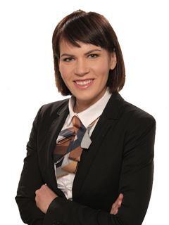 Associate - Maja Kapelj - RE/MAX Obala