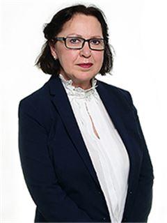 Nepremičninski posrednik - Alenka Planišček, univ. dipl. inž. arh - RE/MAX Commercial