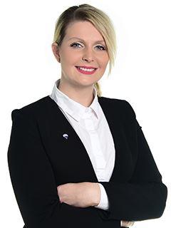 Salgskonsulent - Urška Hočevar - RE/MAX Ljubljana