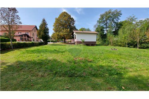 Zazidljivo zemljišče - Prodamo - Maribor, Podravje - 18 - 490321056-59