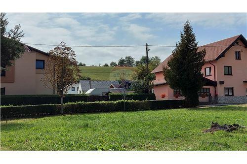 Zazidljivo zemljišče - Prodamo - Maribor, Podravje - 14 - 490321056-59