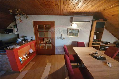 Hiša - Prodamo - Brežice, Posavje - 35 - 490281015-407