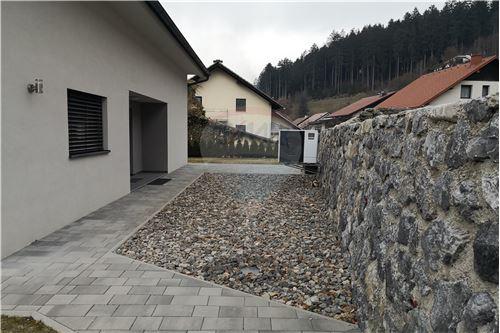 Hiša - Prodamo - Mislinja, Koroška - 16 - 490281024-76