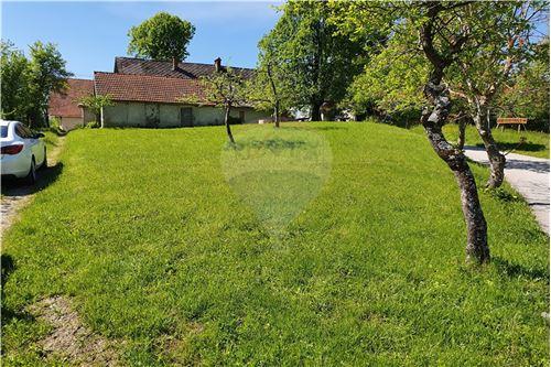 Zazidljivo zemljišče - Prodamo - Kamnik, Ljubljana (okolica) - 35 - 490281015-404