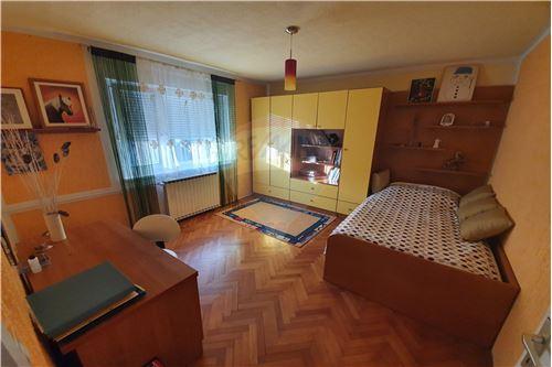 Hiša - Prodamo - Brežice, Posavje - 42 - 490281015-407