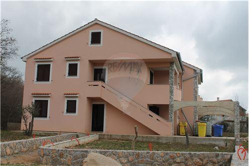 Dobrinj, Primorsko-Goranska županija - Prodamo - 330.000 €
