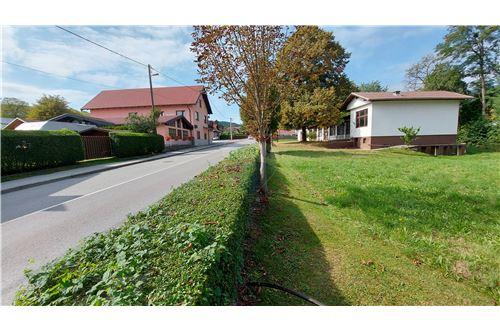 Zazidljivo zemljišče - Prodamo - Maribor, Podravje - 5 - 490321056-59