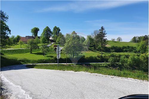 Zazidljivo zemljišče - Prodamo - Kamnik, Ljubljana (okolica) - 33 - 490281015-404