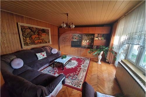 Hiša - Prodamo - Brežice, Posavje - 39 - 490281015-407
