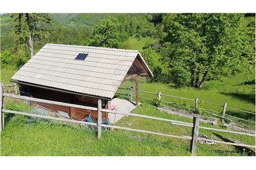 Zazidljivo zemljišče - Prodamo - Kamnik, Ljubljana (okolica) - 29 - 490281015-404