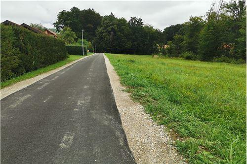 Zazidljivo zemljišče - Prodamo - Gorišnica, Podravje - 8 - 490151001-951