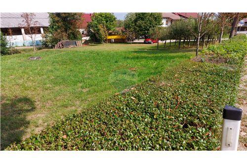 Zazidljivo zemljišče - Prodamo - Maribor, Podravje - 17 - 490321056-59
