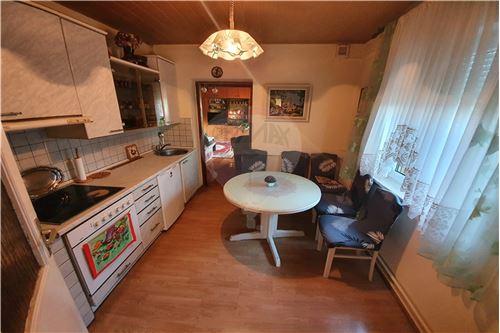 Hiša - Prodamo - Brežice, Posavje - 38 - 490281015-407