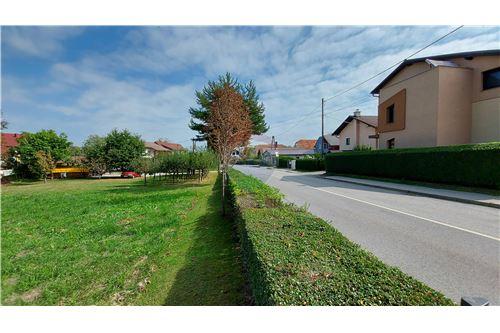 Zazidljivo zemljišče - Prodamo - Maribor, Podravje - 4 - 490321056-59