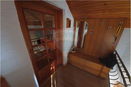 Hiša - Prodamo - Brežice, Posavje - 36 - 490281015-407
