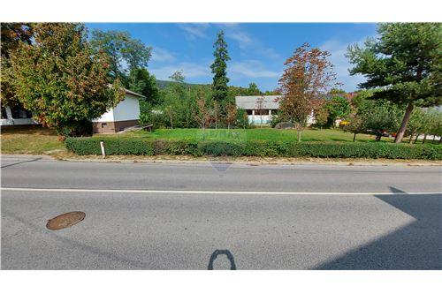 Zazidljivo zemljišče - Prodamo - Maribor, Podravje - 6 - 490321056-59