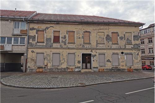 Poslovno-stanovanjski objekt  - Prodamo - Ptuj, Podravje - 8 - 490151001-964