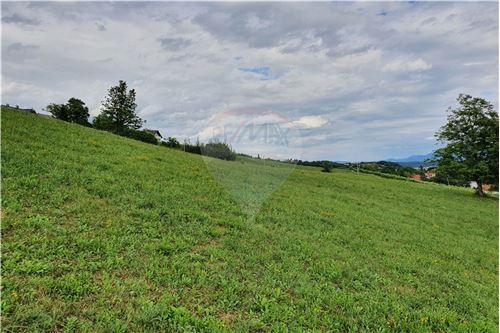 Zazidljivo zemljišče - Prodamo - Slovenske Konjice, Savinjska - 49 - 490281015-408
