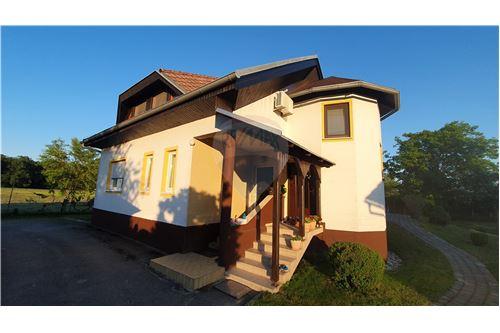 Hiša - Prodamo - Brežice, Posavje - 2 - 490281015-407