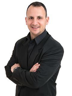 שגיב מדר - Sagiv Madar - רי/מקס מקצוענים RE/MAX Professionals