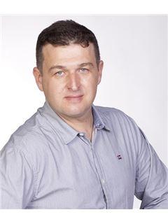 אלכס קלוצמן Alex Klotsman - רי/מקס הוד והדר RE/MAX Hod VeHadar