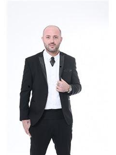 תמיר מיכאל Tamir Michael - רי/מקס אידיאל - RE/MAX IDEAL