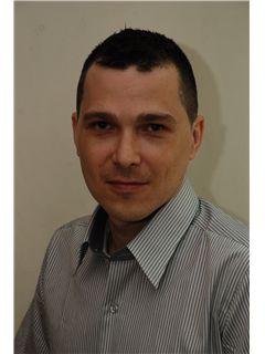 ולדי ברר Vladi Barer - רי/מקס מקצוענים RE/MAX Professionals