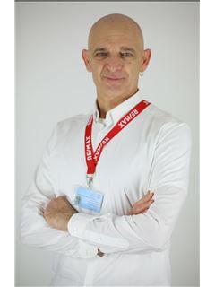 קלאודיו ברודסקי Claudio Brodsky - רי/מקס פמילי RE/MAX Family