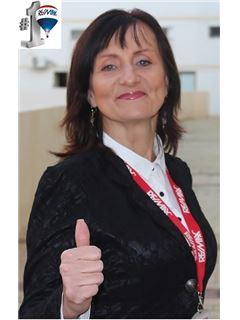 מריאנה פרי Marianna Perry - רי/מקס חלוצים RE/MAX Pioneers 2
