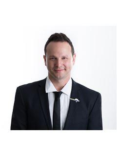 דב אמרמוביץ Dov Abramovich - רי/מקס מקצוענים RE/MAX Professionals