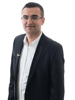 עמנואל סומחייב Emanuel Sumhaiev - רי/מקס מקצוענים RE/MAX Professionals