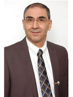 אבי בן אסולי Avi Ben Assuli - רי/מקס ONE רעננה RE/MAX ONE Ra'anana