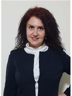 מרינה חריט Marina Charit - רי/מקס RE/MAX Team