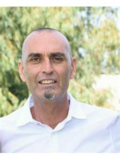 מישל גבאי Mishel Gabbay - רי/מקס ללא הפסקה RE/MAX NON STOP