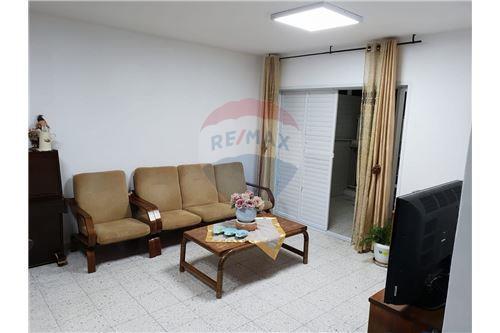 בלתי רגיל דירות למכירה או השכרה באשקלון, ירושלים ודרום, רי/מקס KQ-46