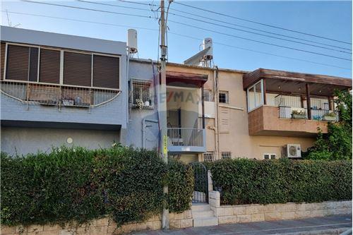 דירה - מכירה - חולון, ישראל - 1 - 50071099-110
