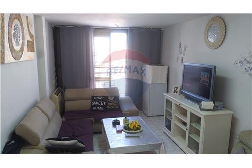 מגניב ביותר דירות למכירה או השכרה באור יהודה, מרכז, רי/מקס ZO-02