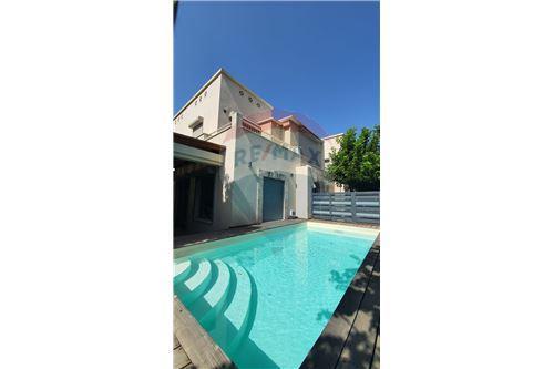 Split Level House - ਵਿਕਰੀ ਲਈ - קיסריה, ישראל - 1 - 51331023-1