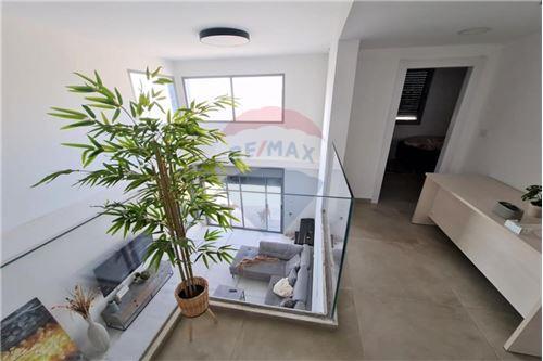 kétlakásos ház - Eladó - Hadera, Israel - 2 - 51331019-10
