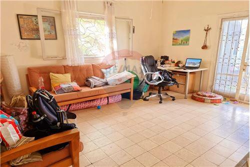 דירה - מכירה - חולון, ישראל - 4 - 50071099-110