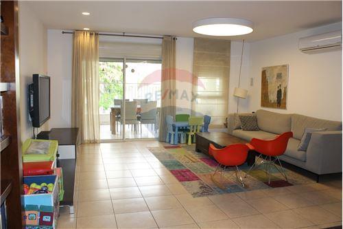 דירה - השכרה - גבעתיים, ישראל - 4 - 51381002-279