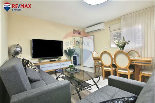 דירת גן - מכירה - קרית מוצקין, ישראל - 1 - 51701001-91