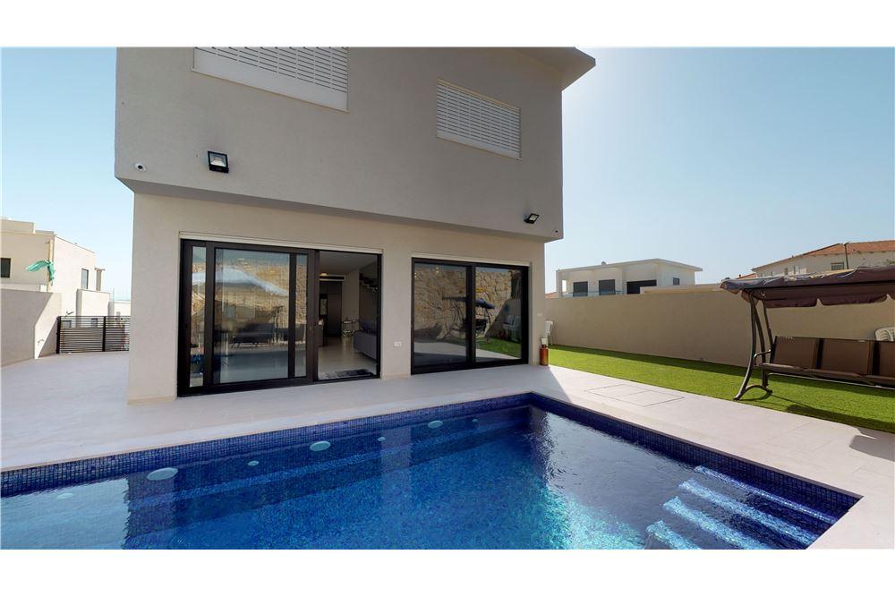 Two Level House For Sale Zichron Ya Akov Israel 51331008 35