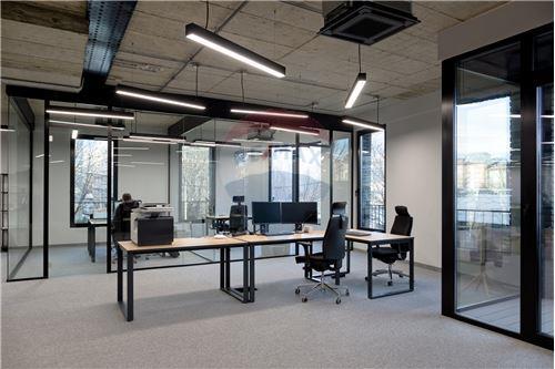 Poslovni prostor za trgovinu - Za najam - Beograd  - 1 - 500021006-100