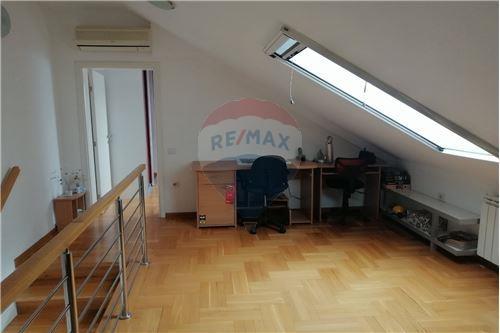 Kondo/ Apartemen - Untuk Disewakan/Disewa-guna-usaha - Beograd  - 19 - 500021006-104