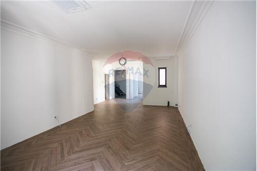 Kuća  - Prodaja - Beograd  - 21 - 500021006-21