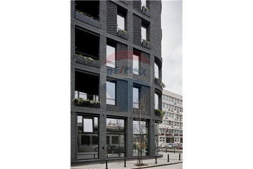 Poslovni prostor za trgovinu - Za najam - Beograd  - 10 - 500021006-100